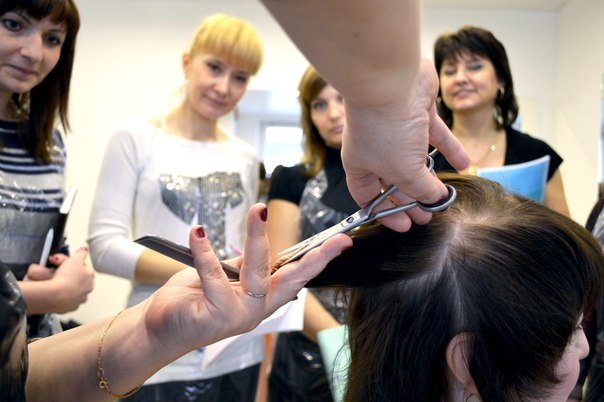 Выбираем школу парикмахеров